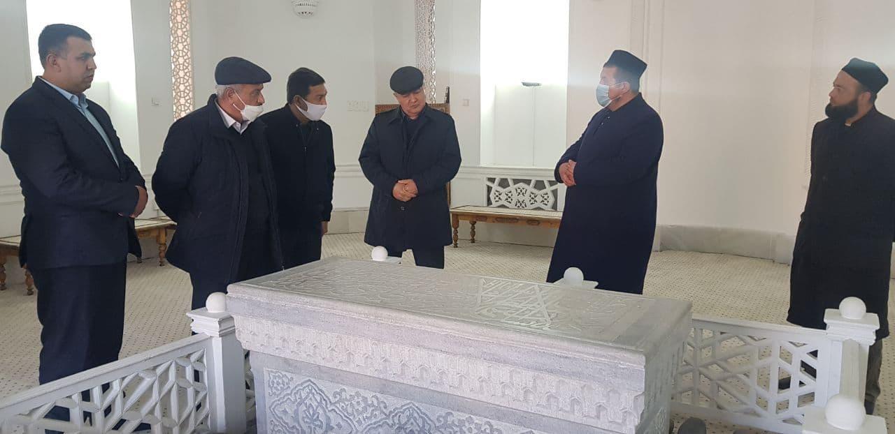 Тарғибот гуруҳи Самарқанд вилоятидаги тарихий қадамжоларда