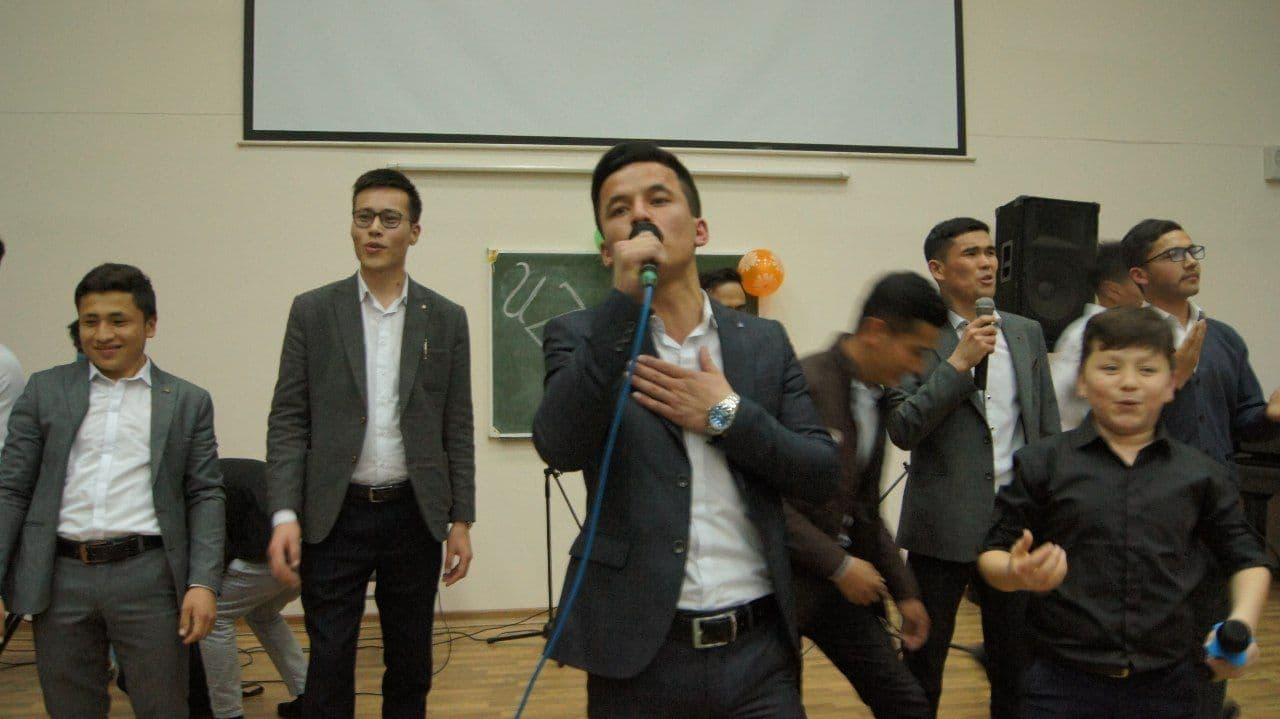 8 март муносабати билан шоу-концерт