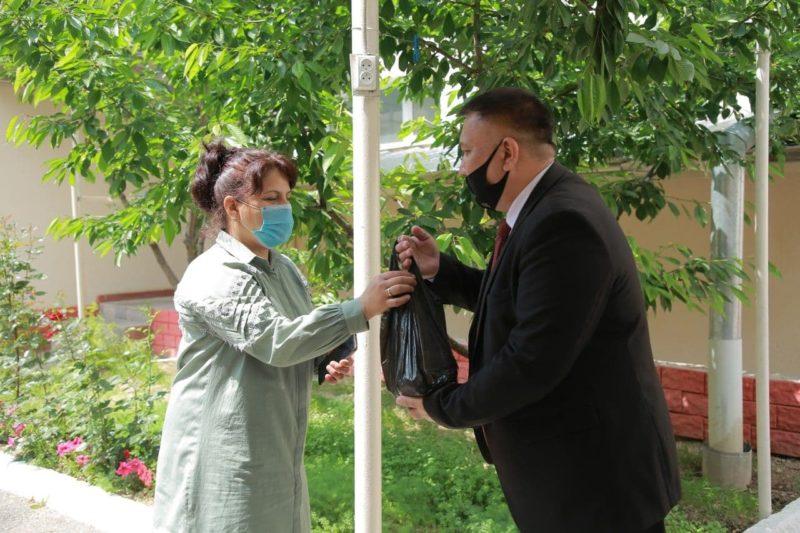 Xalq ijodiyoti fakulteti rahbariyati, professor-о'qituvchilari tomonidan yana bir xayrli ishga qо'l urildi